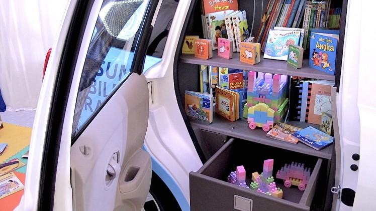 "Ruang kabin menjadi penuh dengan perlengkapan perpustakaan dan perubahan pintu menjadi ""suicide"""